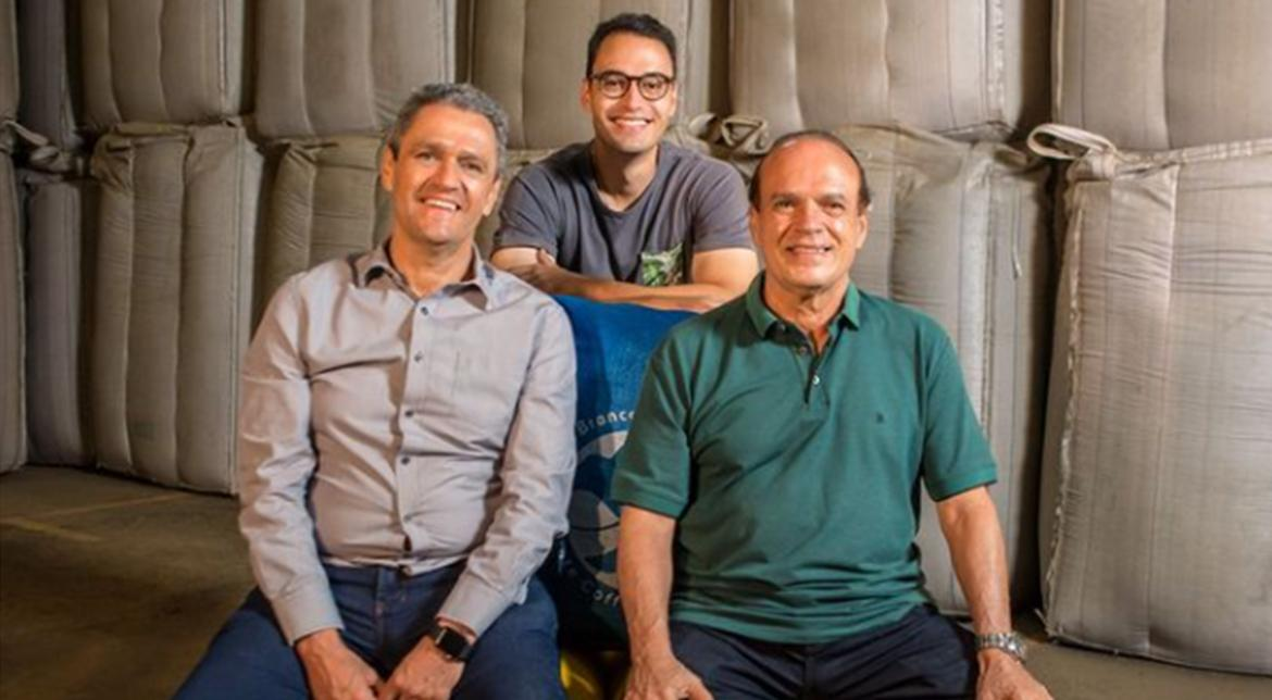Andrade Bros is a family business that proudly has a secular presence in coffee production.